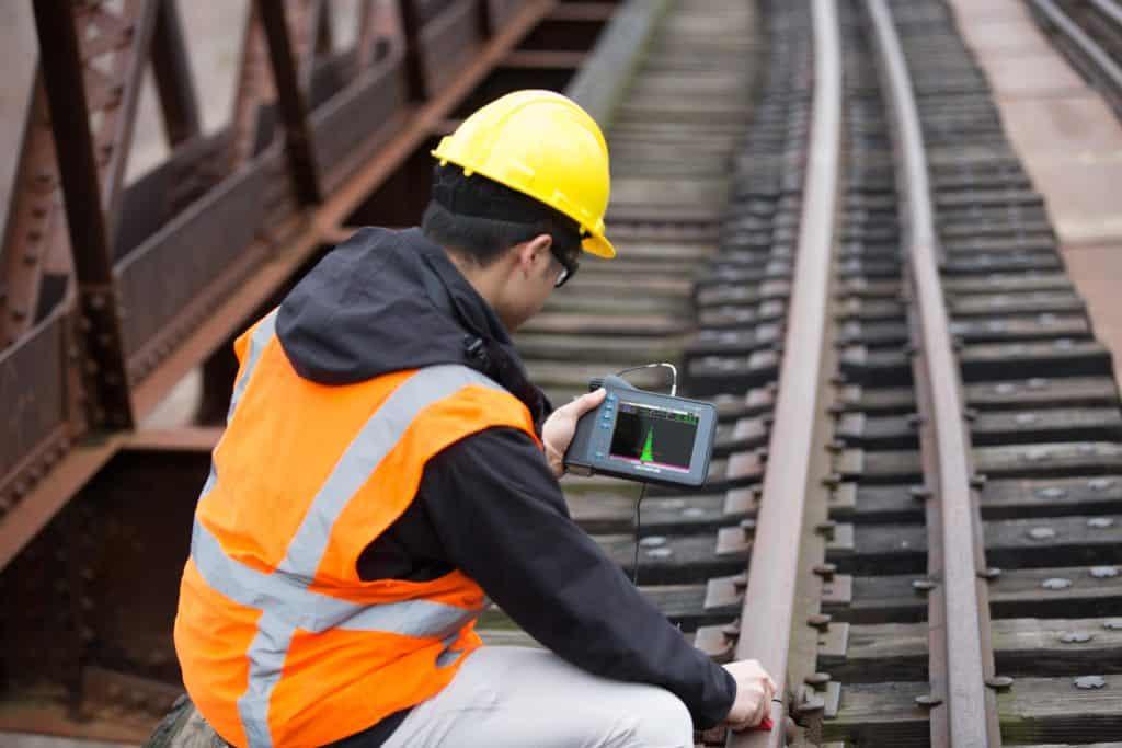 NDT Olympus ultralyd fejlfinding på togskinner