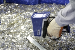 ndt with xrf using a Vanta analyzer from Olympus