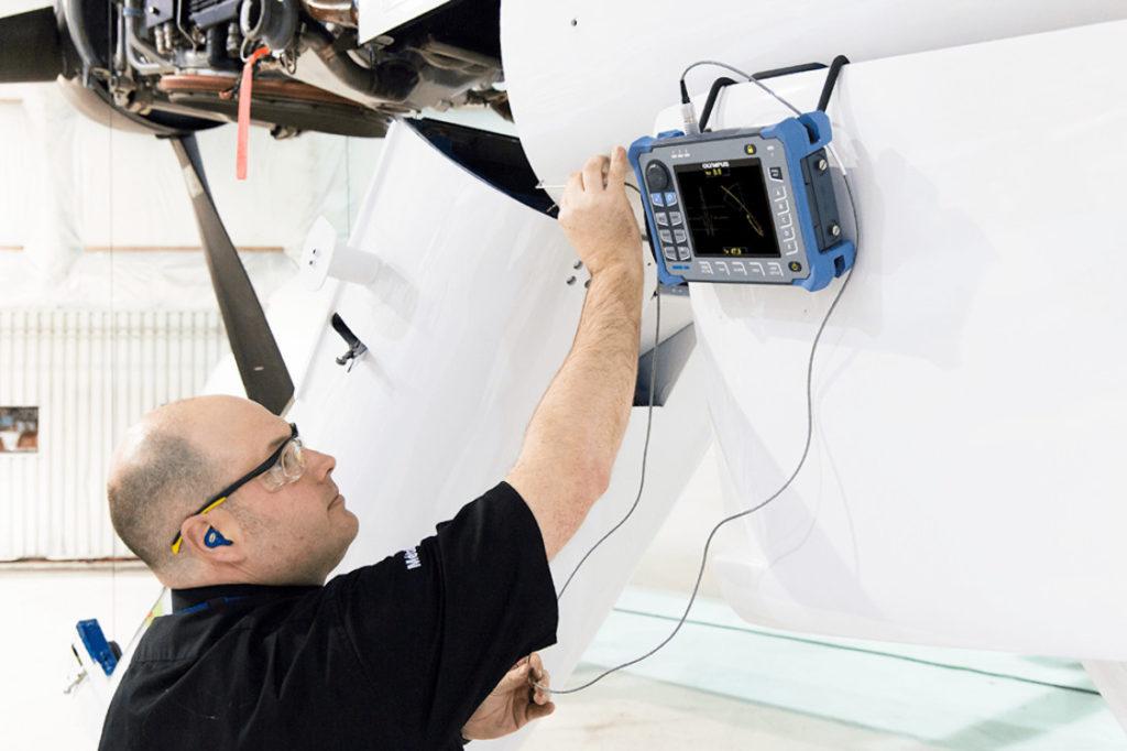 Inspektion af fly med OLYMPUS Nortec 600