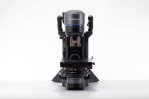 Mikroskop DSX100 på hi-messen
